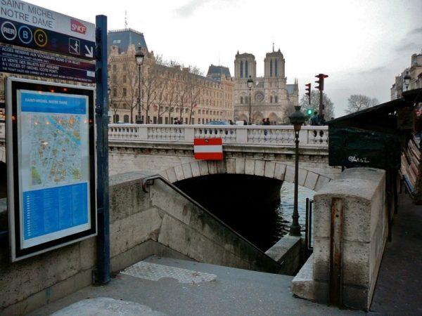 RER Notre Dame