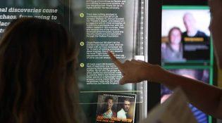 borne-interactive-tactile-tourisme