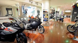showroom moto